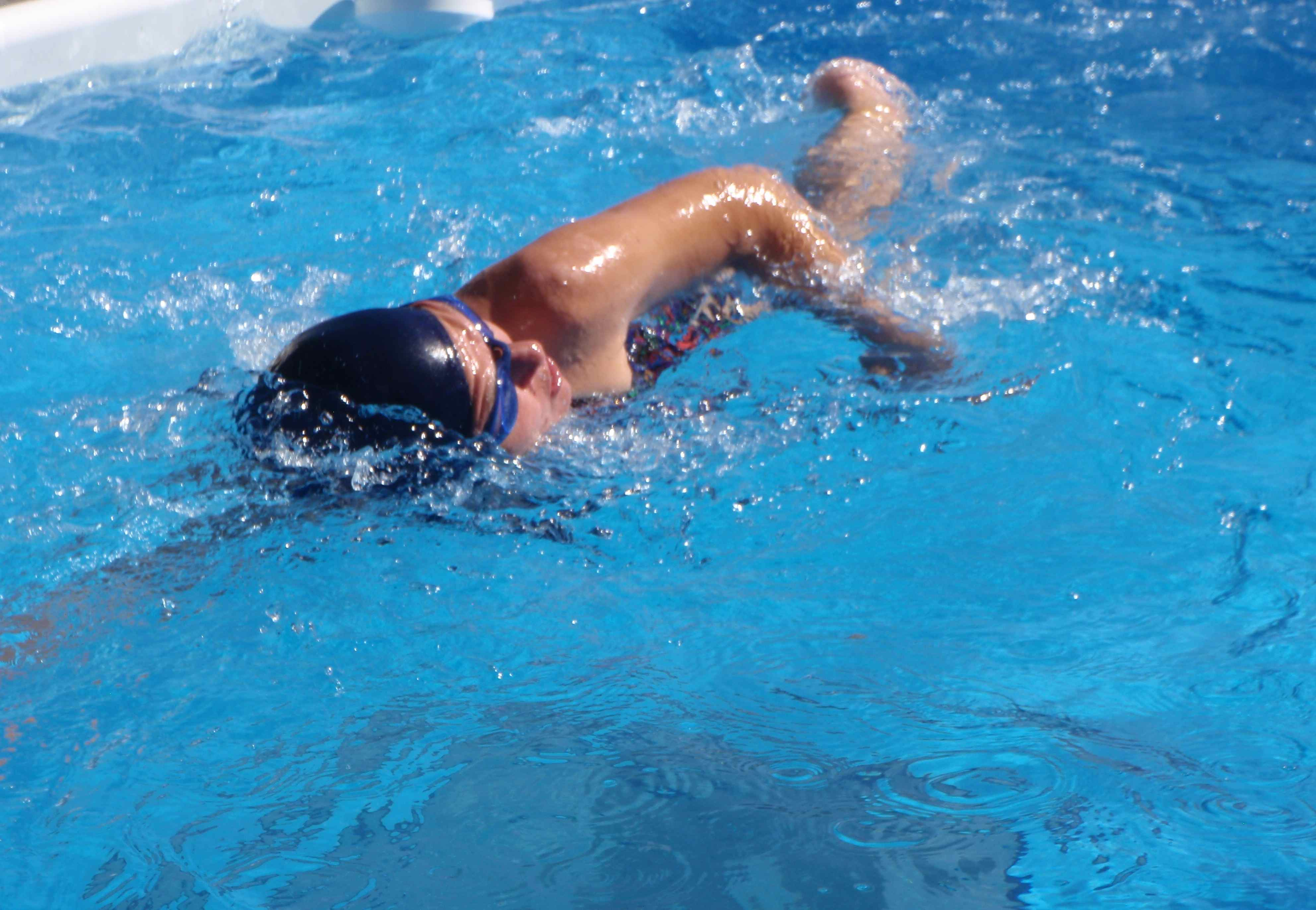 swim-spa-size-against-current
